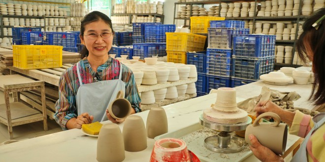 Sang Arun: Fair Trade Ceramic from Thailand