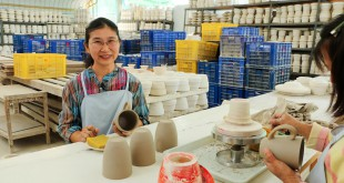 fair trade videos about Sang arun ceramics thailand by fair trade connection