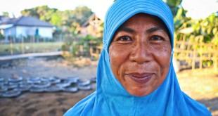 Inaq-Rian-[Lombok-Pottery-Center]