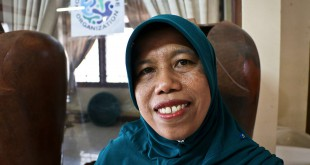 Rohmiati-Arifin-[Lombok-Pottery-Center]