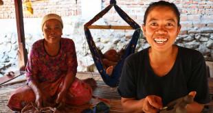 Zuriati-Samsudin-[Lombok-Pottery-Center]